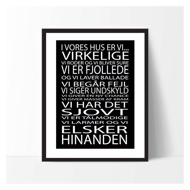 MitDejligeHjem - Børne Plakat ´I vores Hus er vi..´